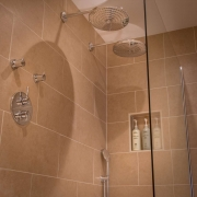 suite-12-bathroom_34441124381_o