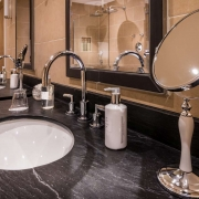 suite-12-bathroom_34513599632_o